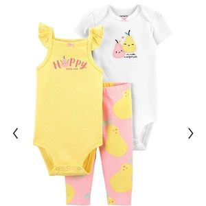 New with tags Carter's 3 piece matching pear outfit
